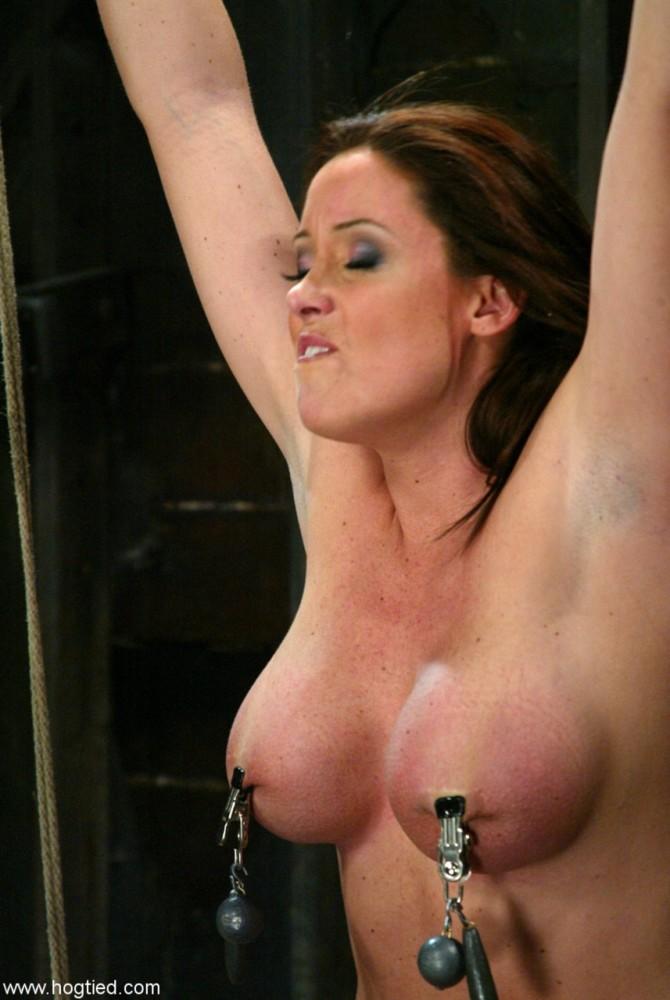 Lush female Christina Carter senses..