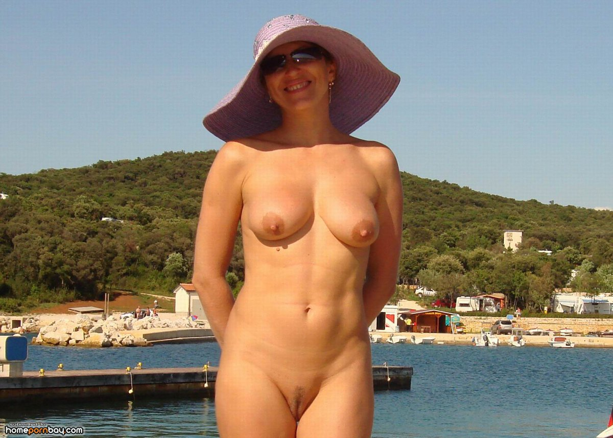 Mature  at vacation - Mobile Homemade..