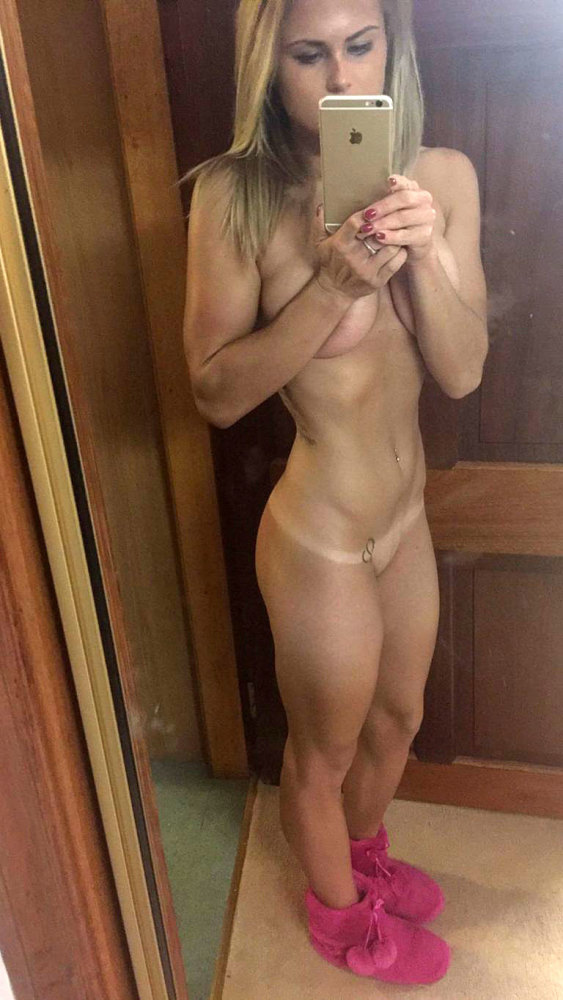 Carly Booth Leaked Nudes - Scandal..