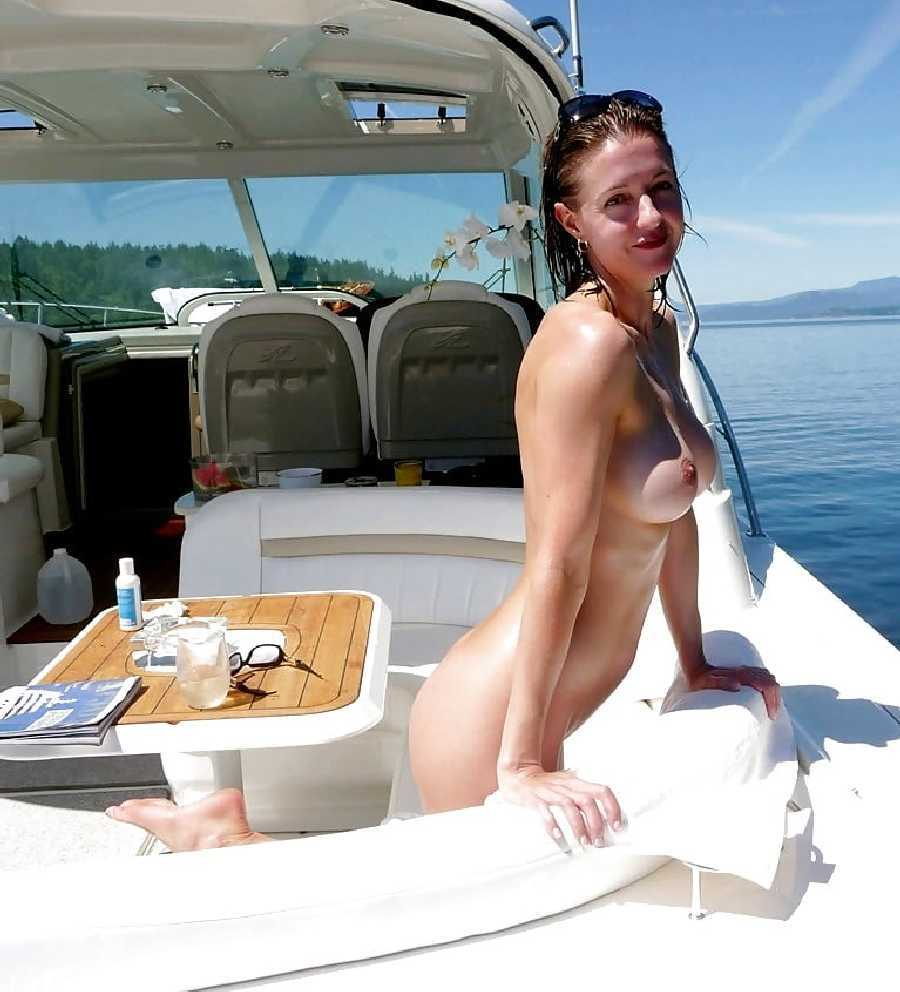 Boobies on Boats - Real Women..