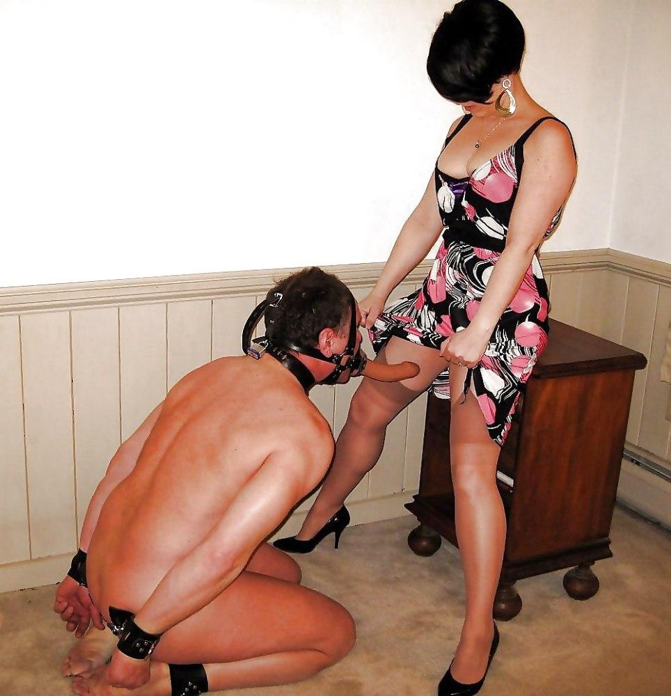 Female domination german urinating..
