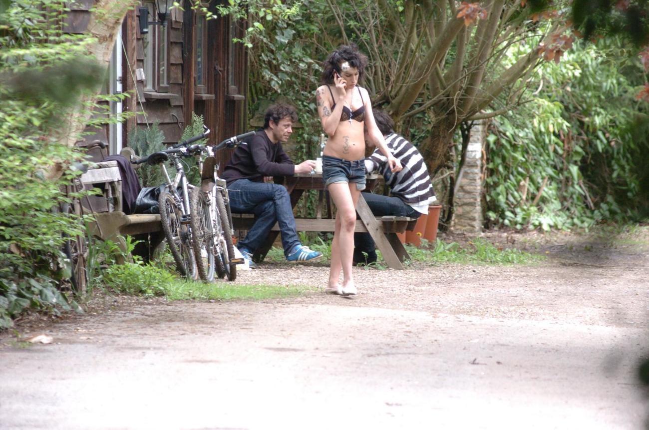 Amy Winehouse nude, naked, голая,..