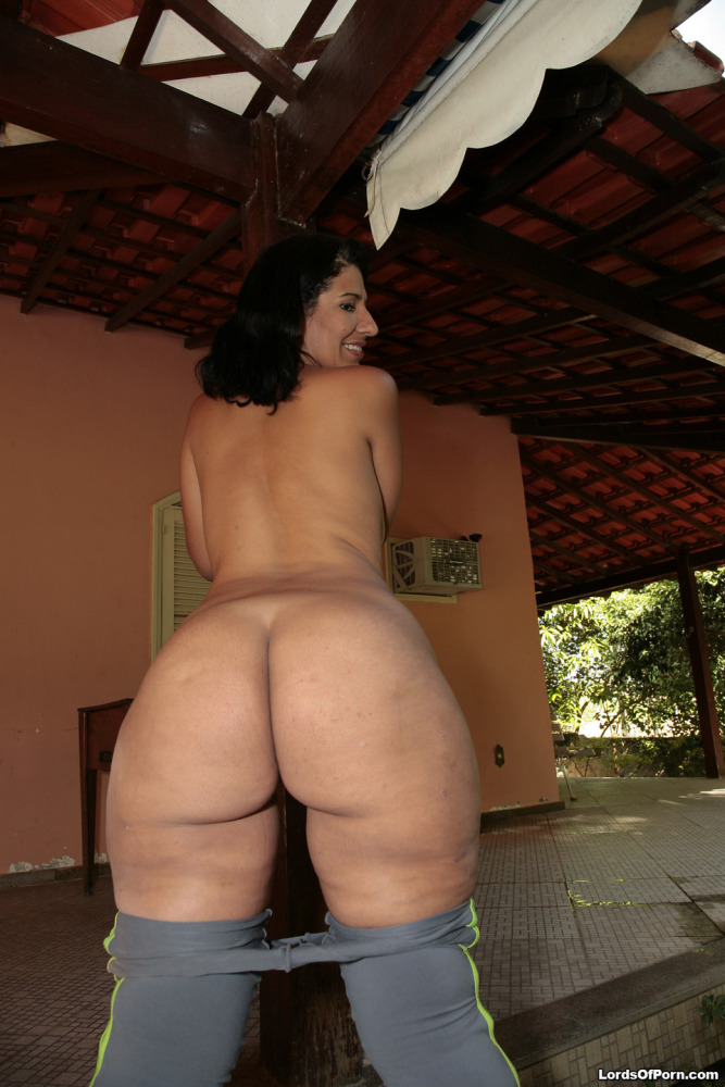 Mature cougar ginormous  latina -..