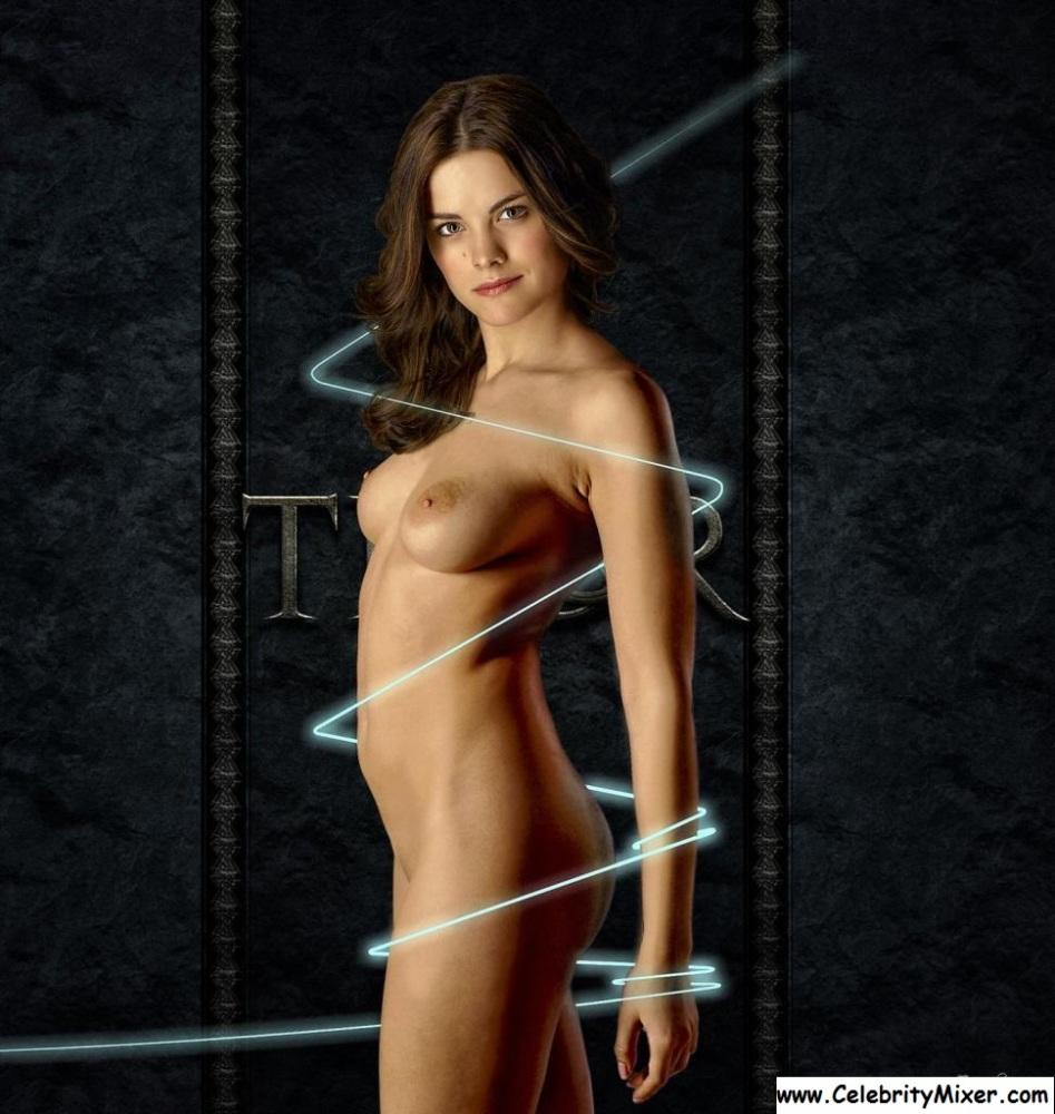 Olivia Alexander  nackt