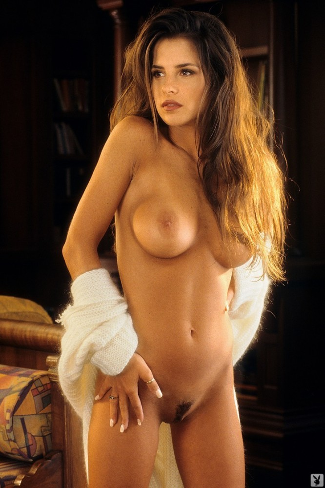 Naked - Pictures of Kelly Monaco nude..
