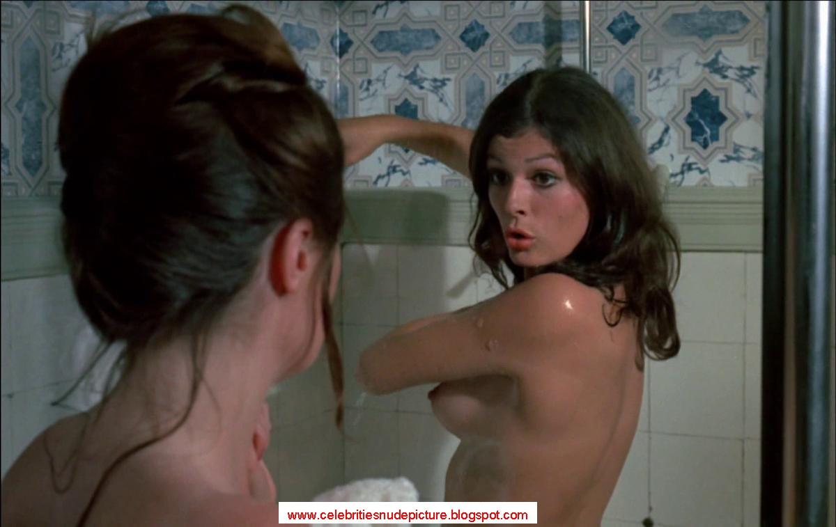 Sarah Ann Morris  nackt