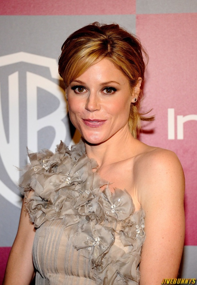 Handsome Pic Julie Bowen Steamy Pics..