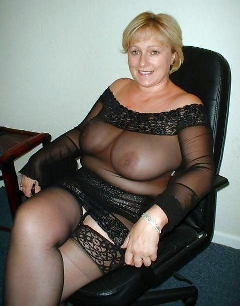 Picture bevy of thick knockers of..