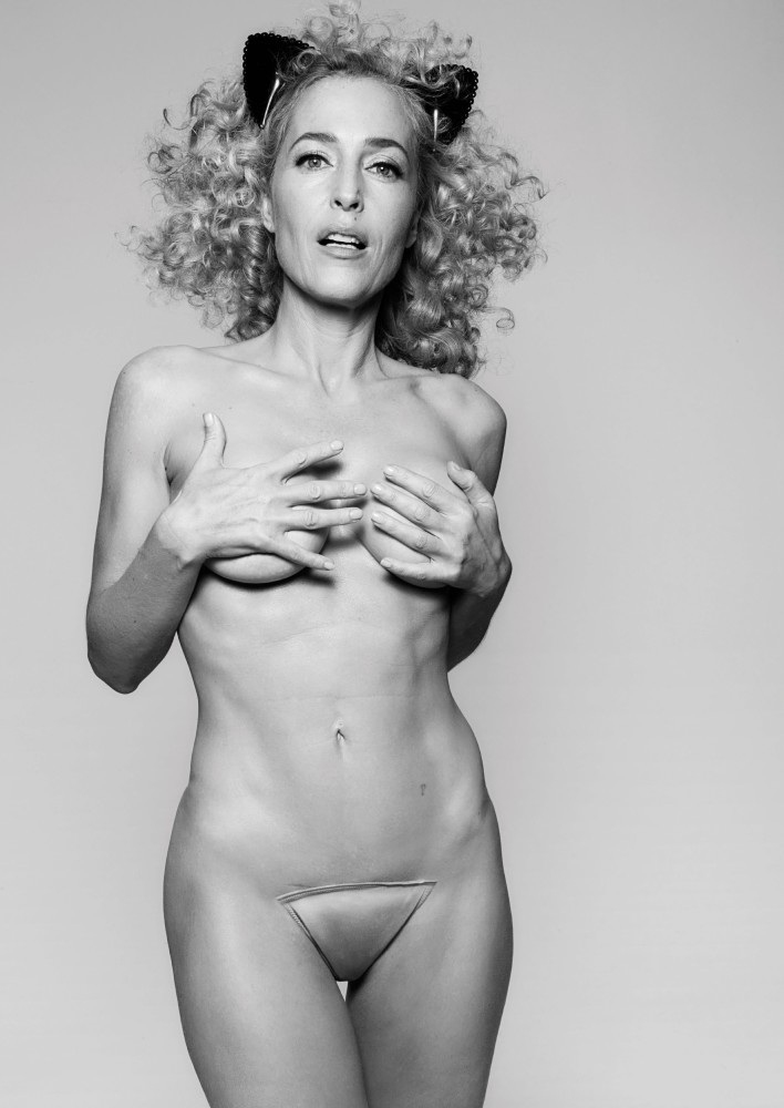 Gillian Anderson Bare And Splendid..